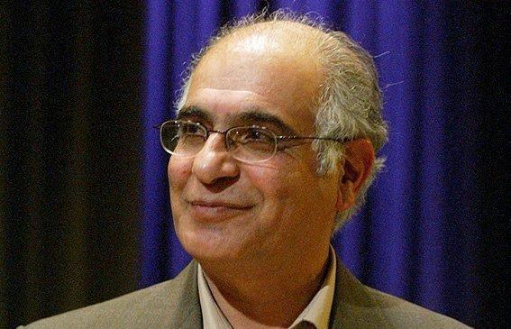 هوشنگ مرادی کرمانی: سینما در قیاس با کتاب زورگویی دارد