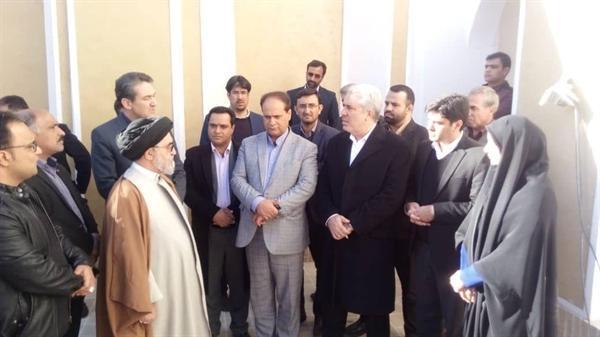 بازدید رئیس سازمان میراث فرهنگی از مجموعه اقامتی و پذیرایی خانه آقازاده در ابرکوه
