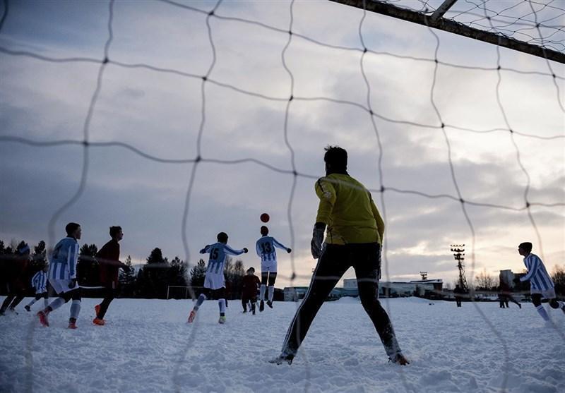 روایت یوفا از فوتبال در برف و شب قطب شمال در مونچه گورسک