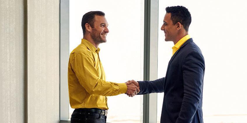 ایرانسل شبکه فروش محصولات سازمانی خود را گسترش می دهد