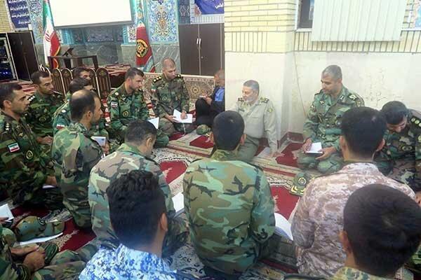 برگزاری جلسه هم اندیشی فرمانده کل ارتش با فرماندهان مرکز آموزش جوادالائمه(ع)